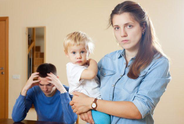 Imagem mostra processo de divórcio com filhos